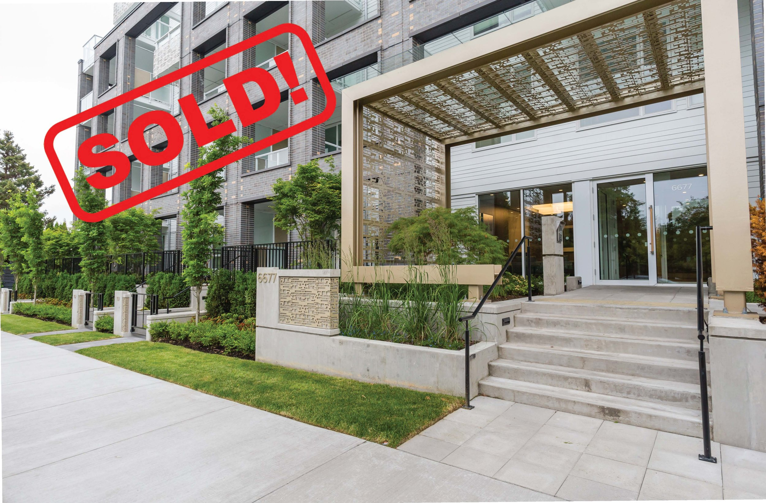 211-6677 Cambie Street   SOLD FOR: $701,000  1 BED | 1 BATH | 652 SF