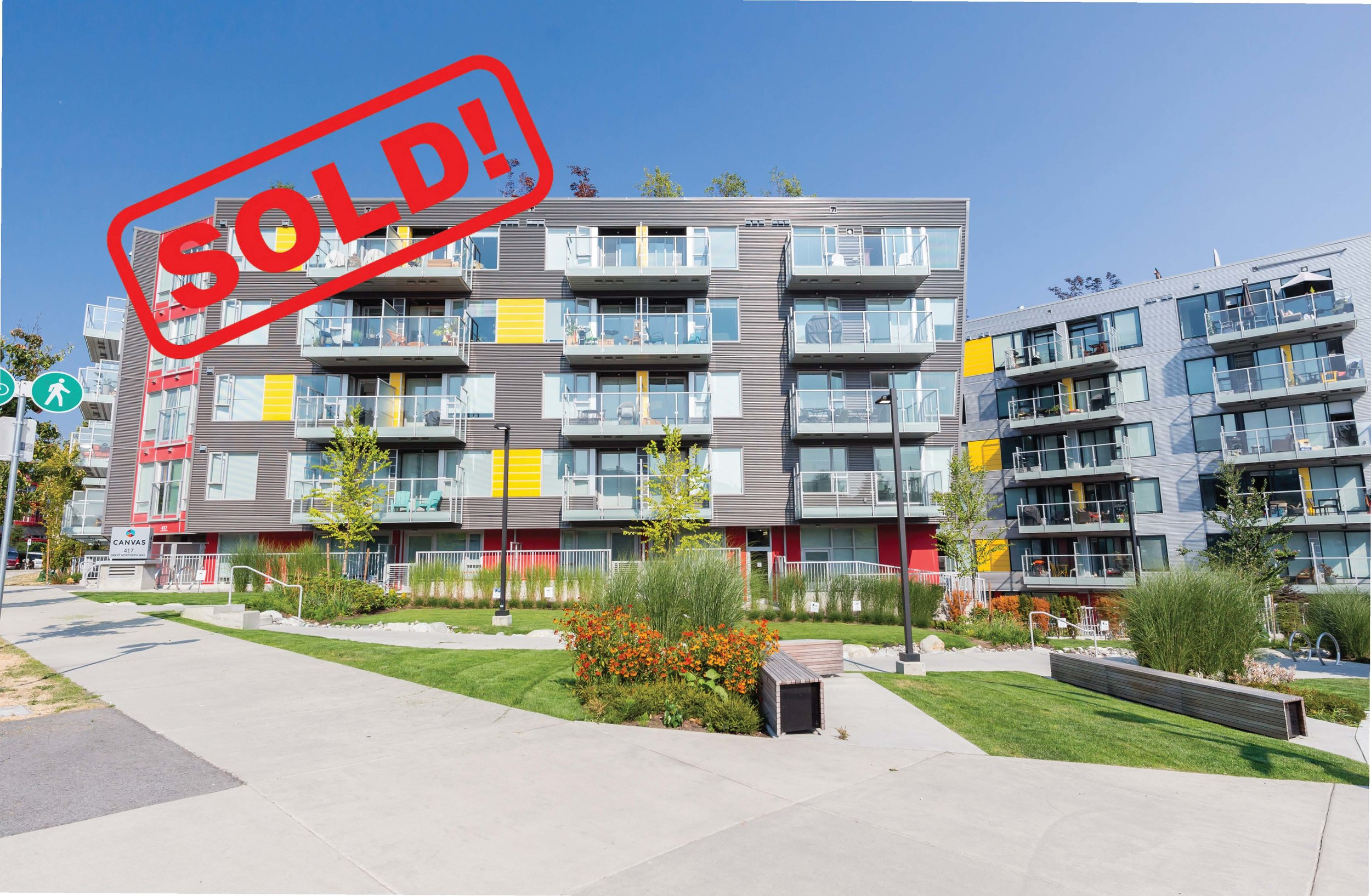611-417 GREAT NORTHERN WAY     SOLD FOR: $735,000  1 BED | 1 BATH | 696 SF