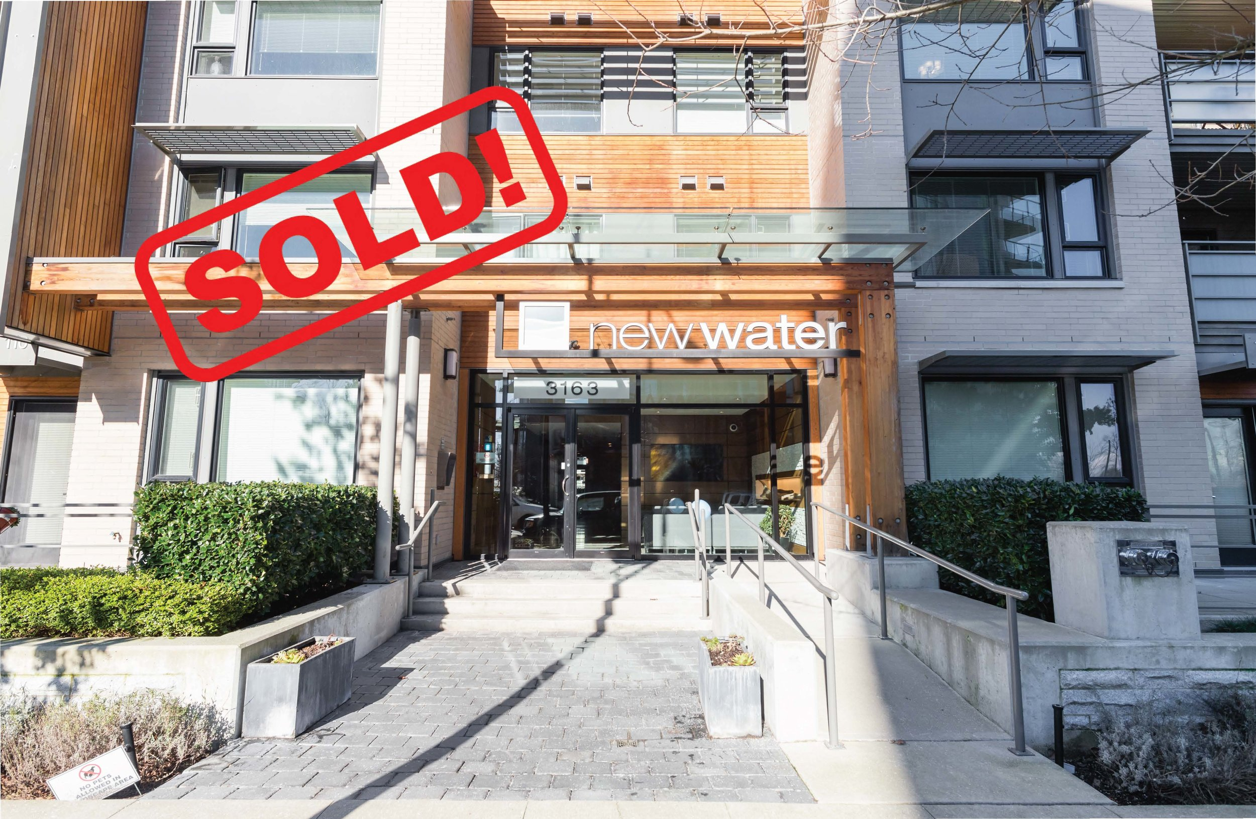 312-3163 RIVERWALK AVENUE     SOLD FOR: $750,000  2 BED | 2 BATH | 945 SF