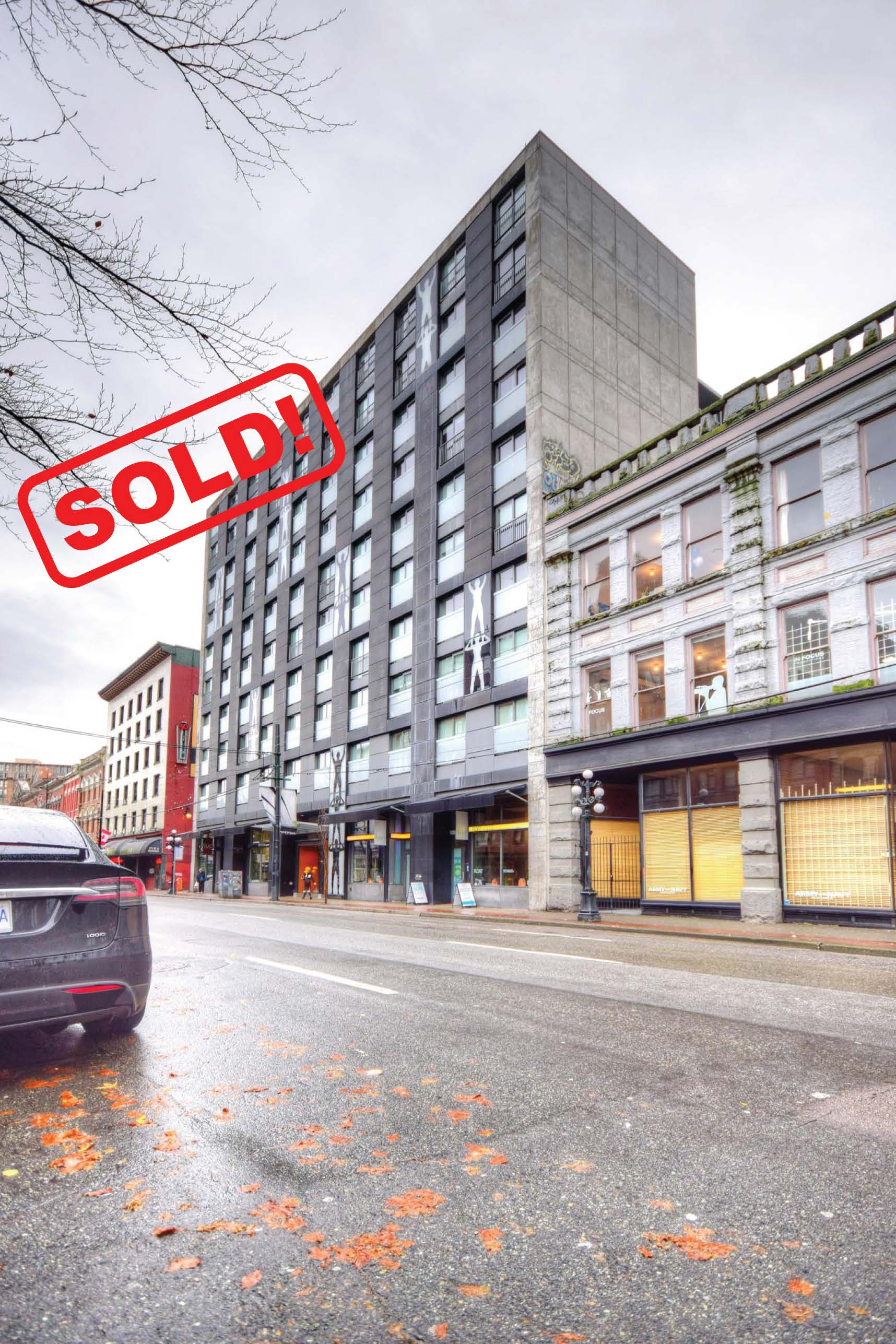 204-66 W. CORDOVA STREET     SOLD FOR: $735,000  2 BED | 2 BATH | 808 SF