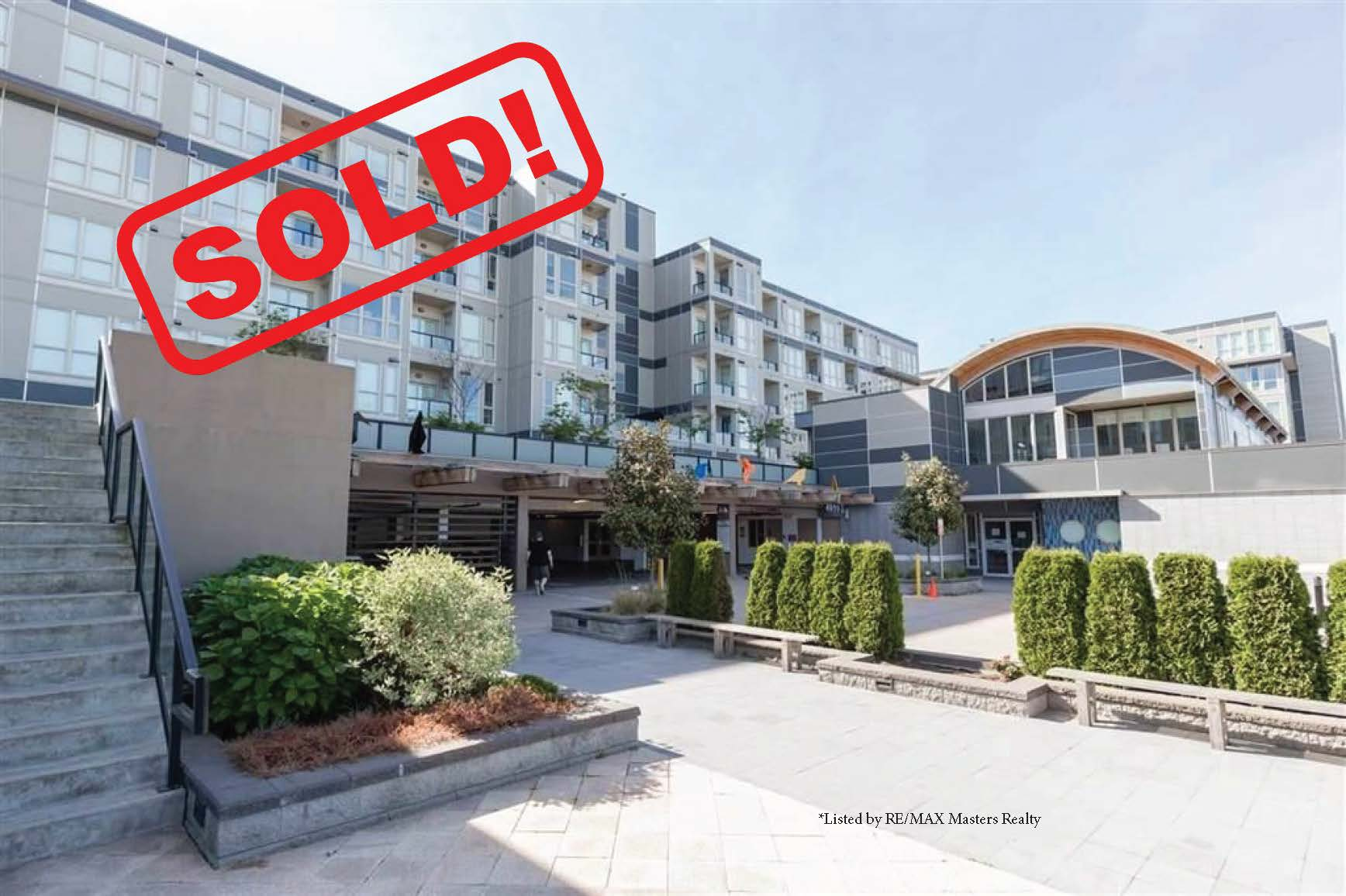 667-4099 STOLBERG STREET     SOLD FOR: $418,000  1 BED | 1 BATH | 441 SF