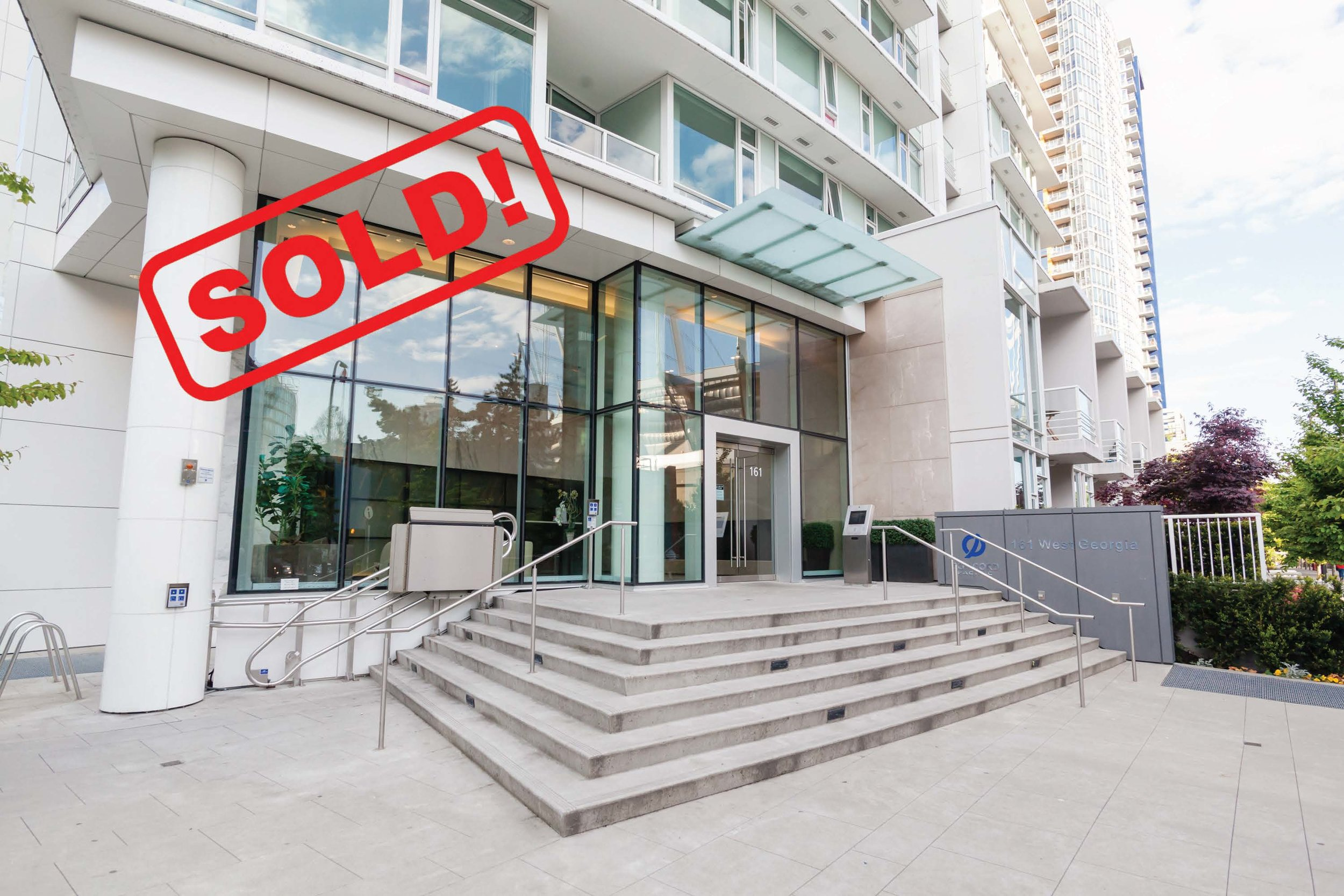 715-161 W. GEORGIA STREET     SOLD FOR: $697,000  1 BED | 1 BATH | 601 SF