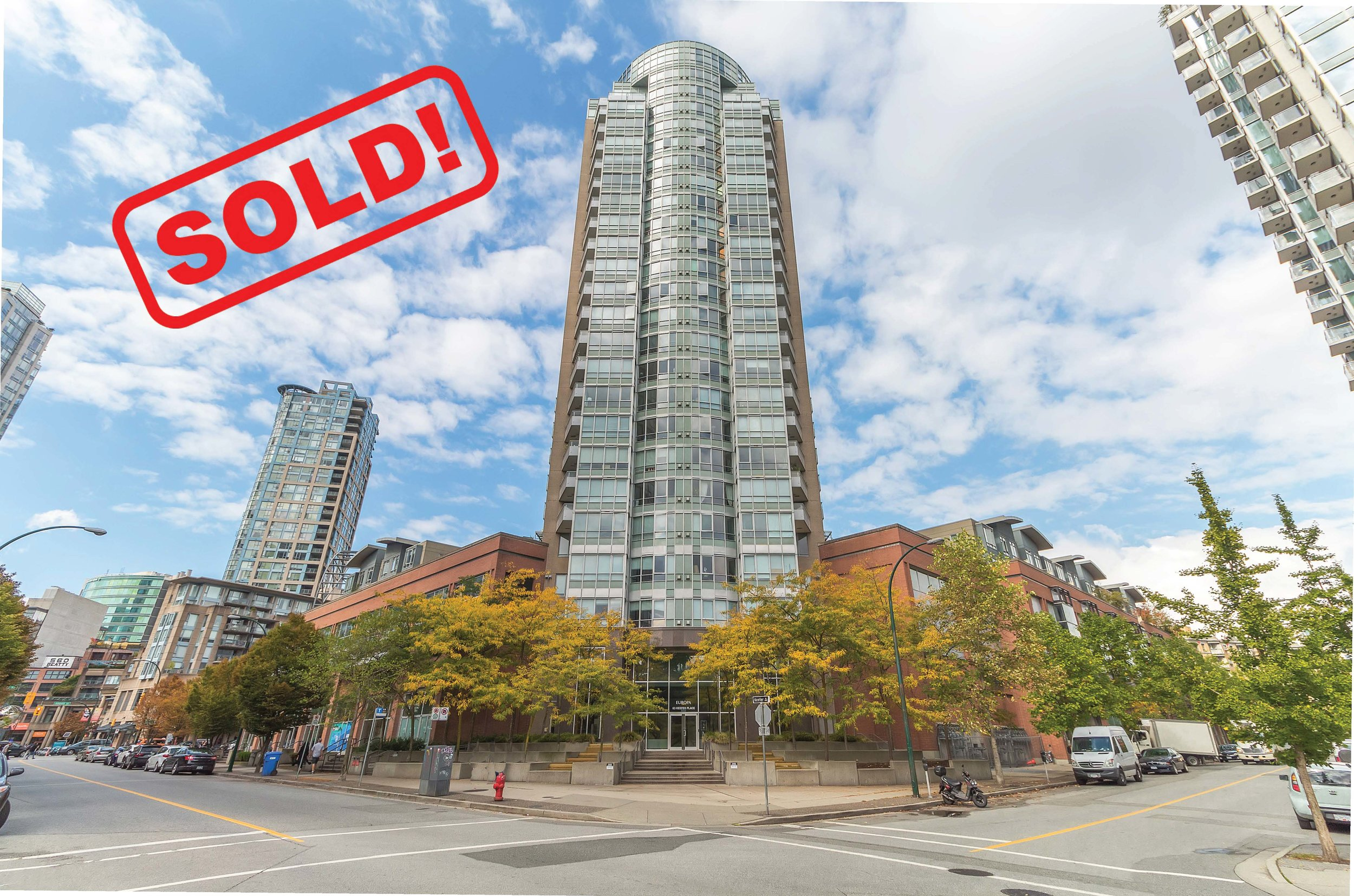 1607-63 KEEFER PLACE     SOLD FOR: $588,000  1 BED | 1 BATH | 588 SF