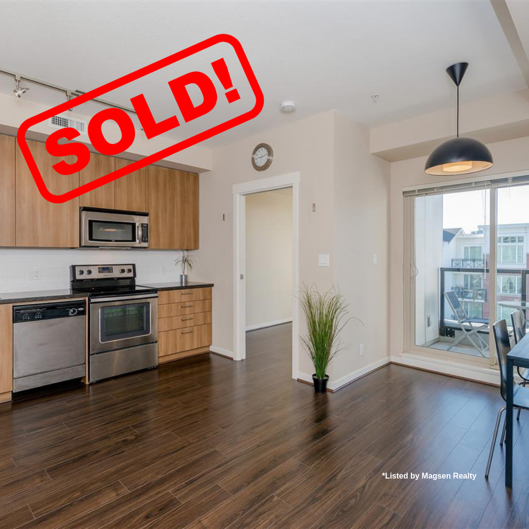 586-4133 STOLBERG STREET SOLD FOR:  $374,000   1 BED | 1 BATH | 436 SF