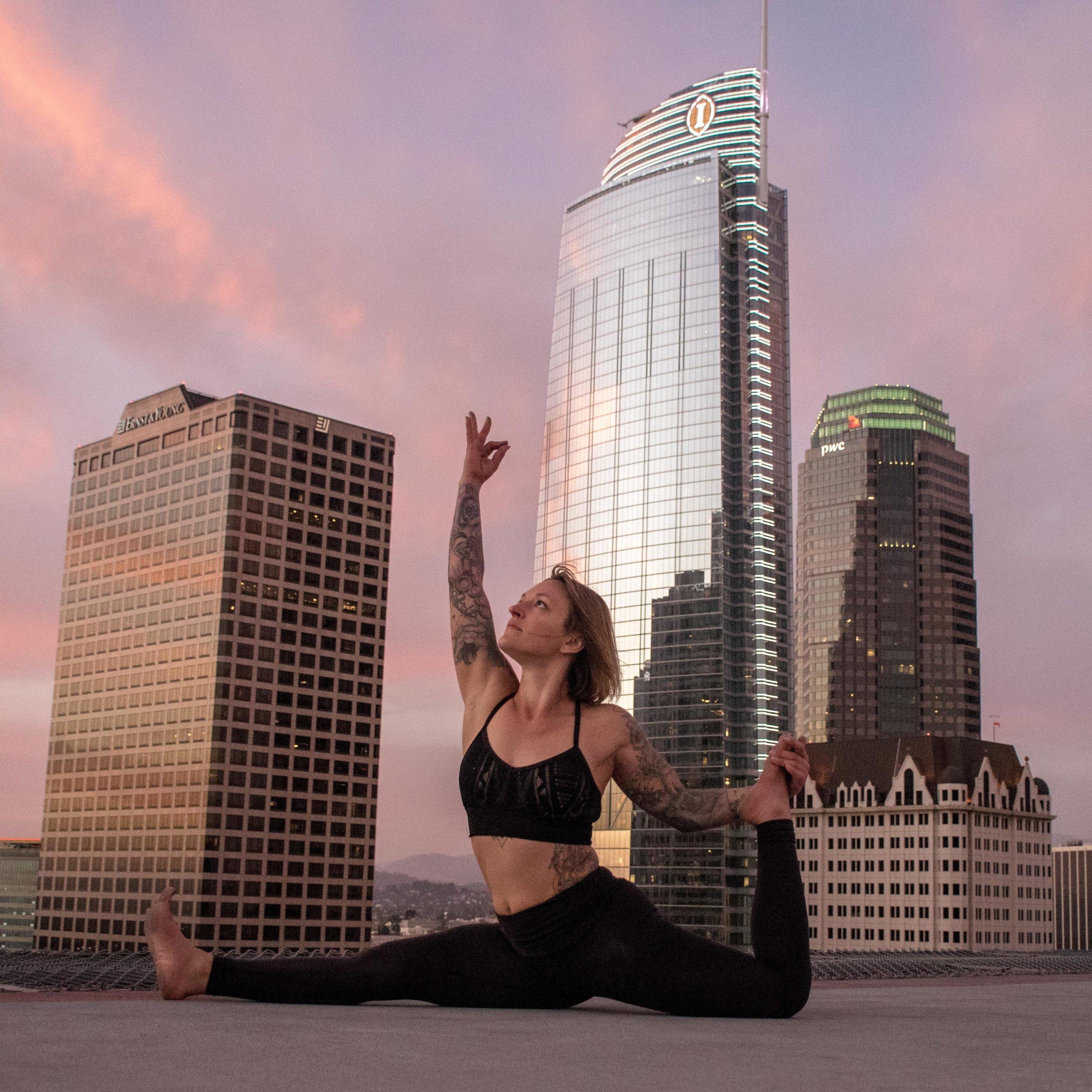 luminhero.yoga.jpg