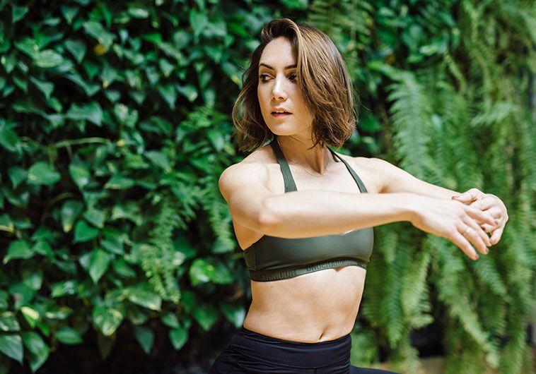 Amy-rosoff-davis-studio26-charlottes-book.jpg