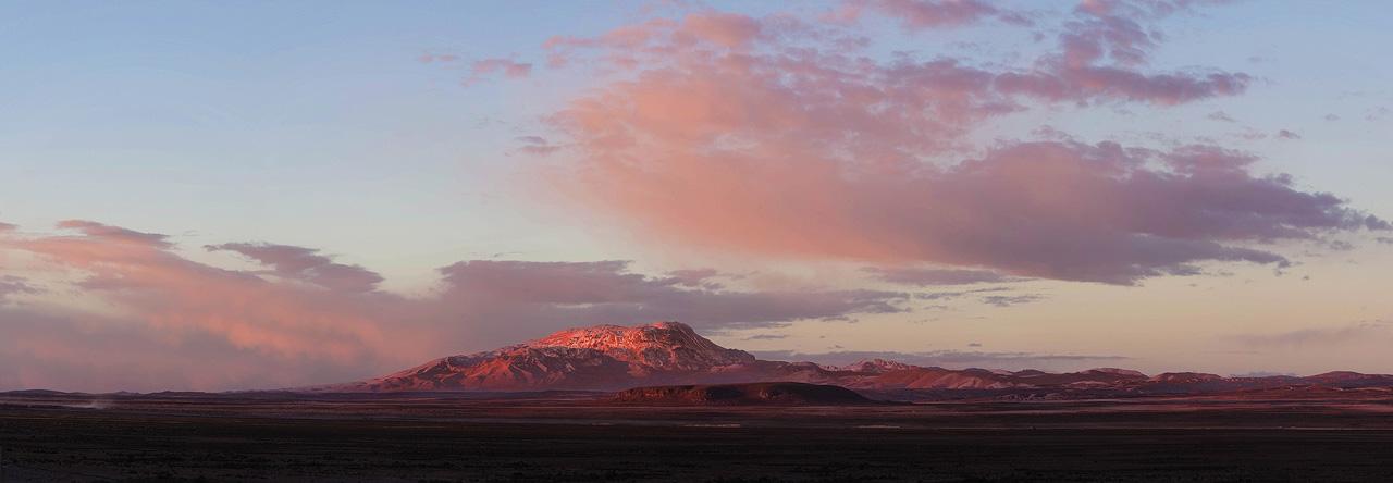 Sunset-on-Salar-de-Uyuni.jpg