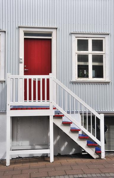 Reykjavik-street-1.jpg
