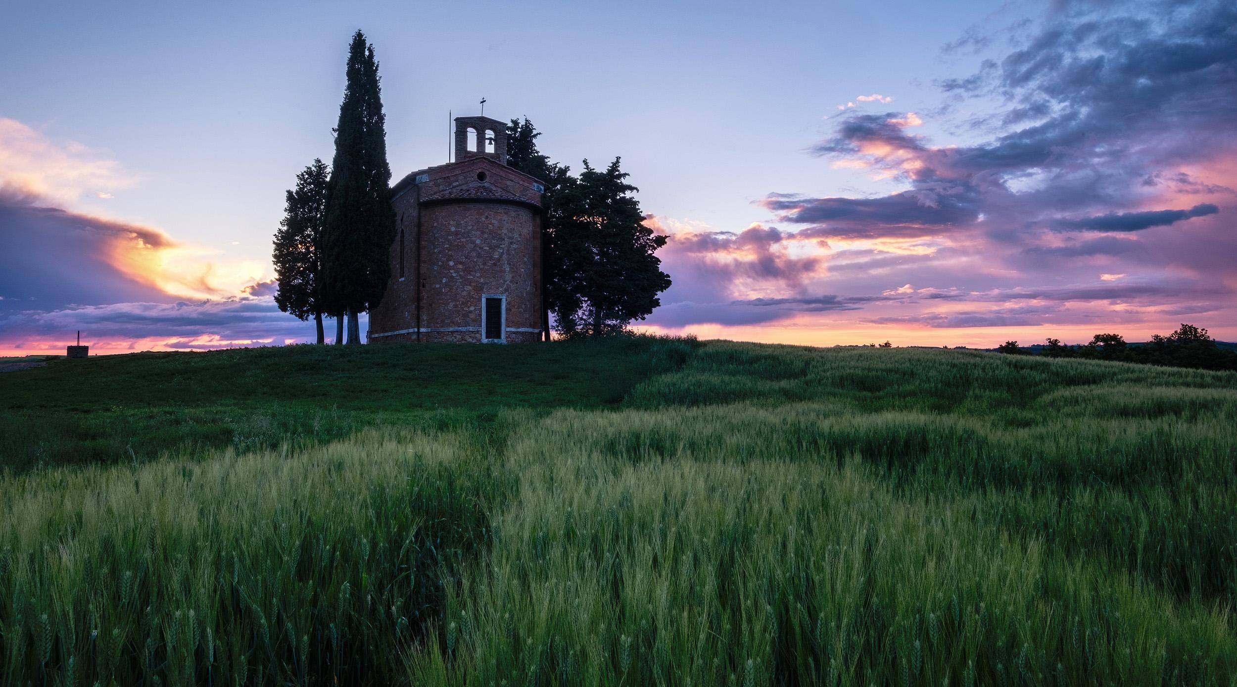 Tuscany-4 copy.jpg