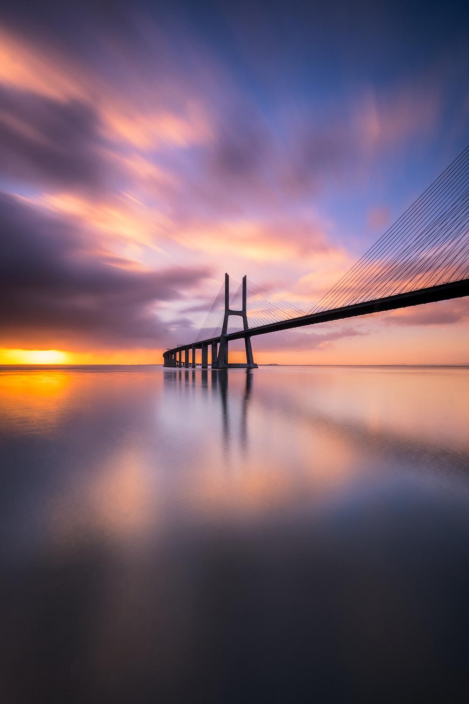 Vasco da Gama   Sunrise at Vasco da Gama bridge in Lisbon