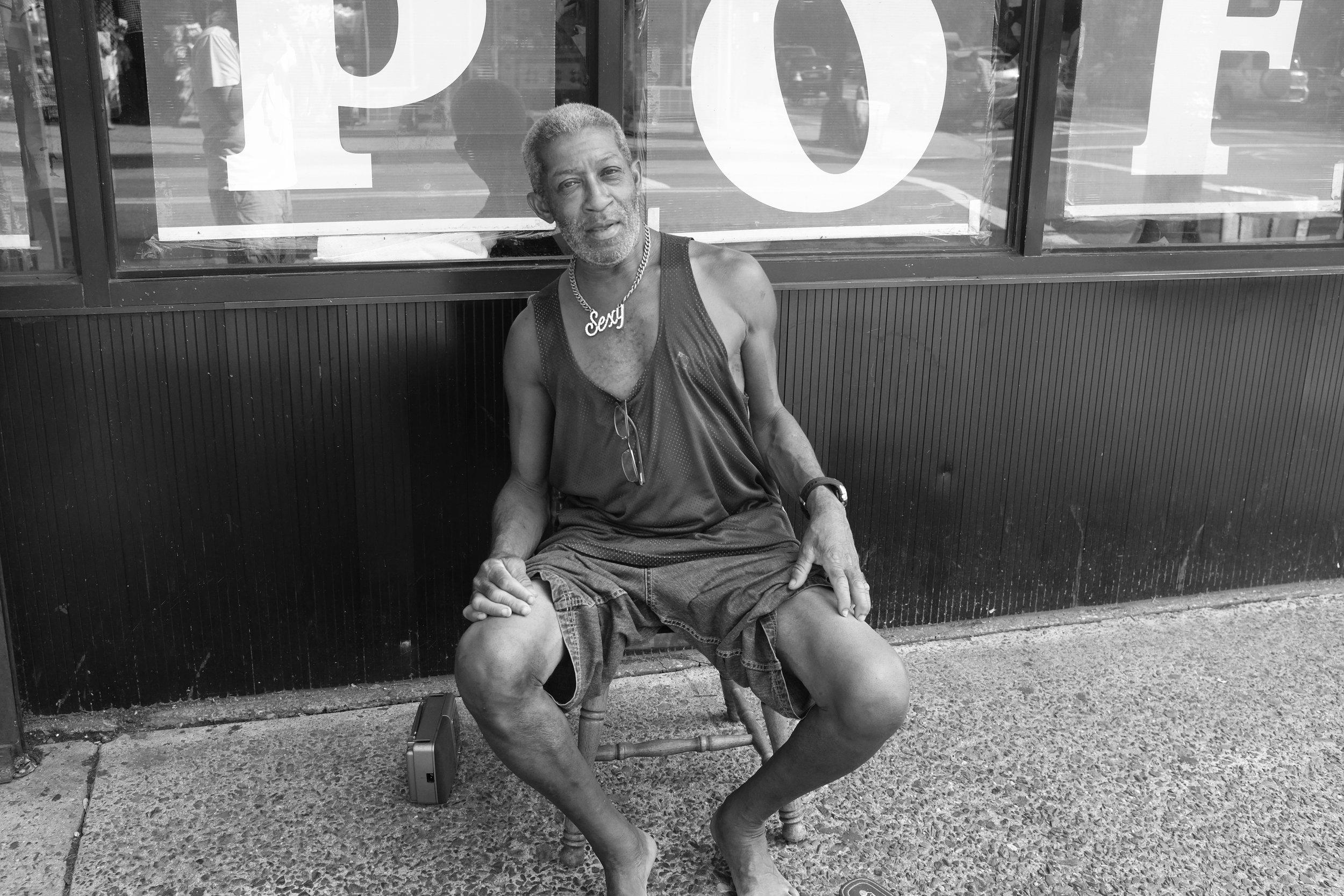 Sexy. Myrtle Avenue. Clinton Hill. Brooklyn. 2016.