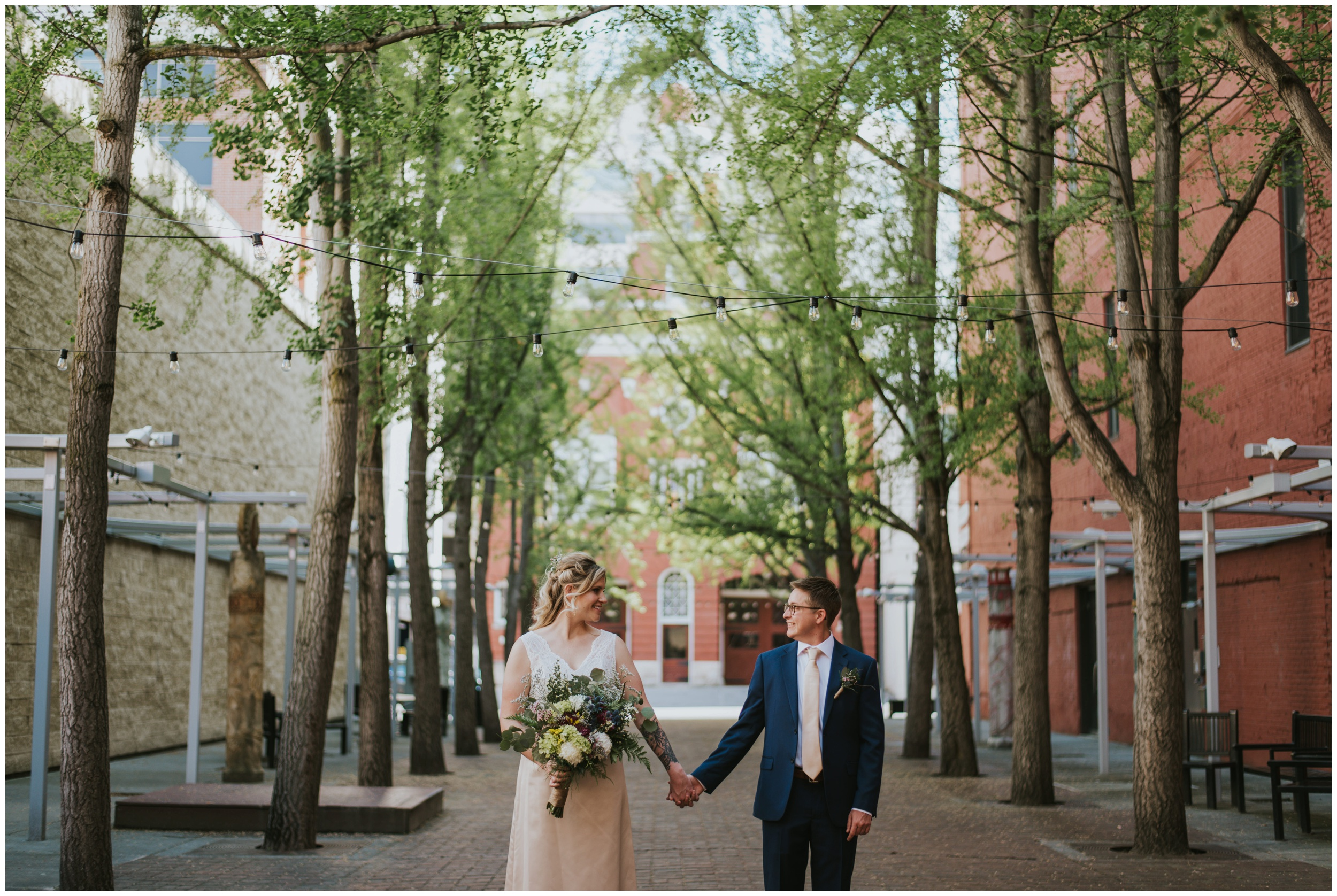 Downtown Roanoke, Century Plaza Wedding Photographer | www.riversandroadsphotography.com