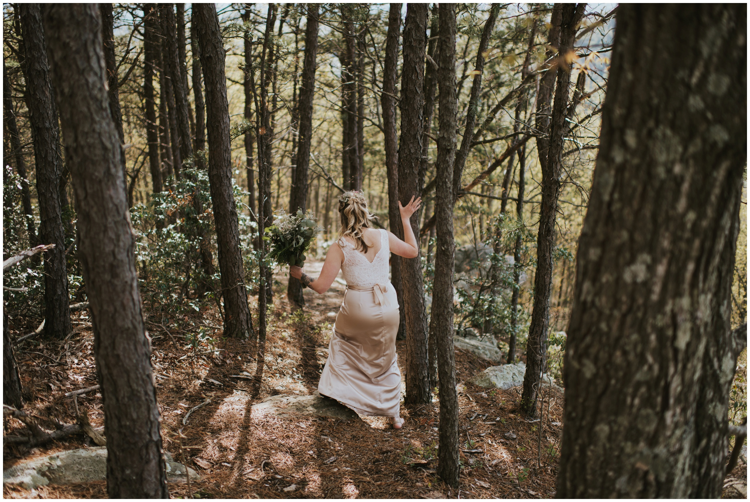 Roanoke Mountain Elopement Photographer | www.riversandroadsphotography.com