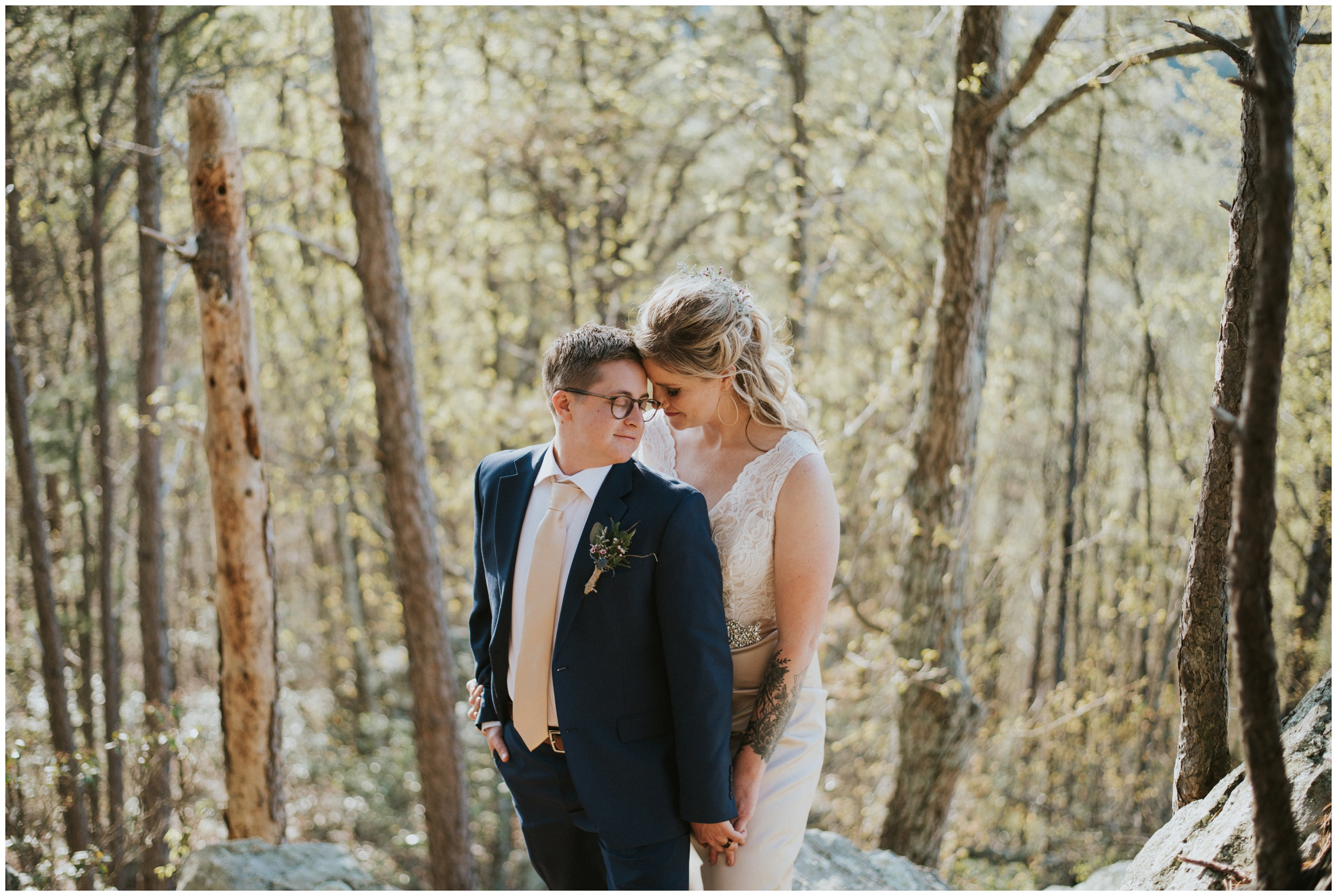 same sex elopement roanoke mountain  | www.riversandroadsphotography.com