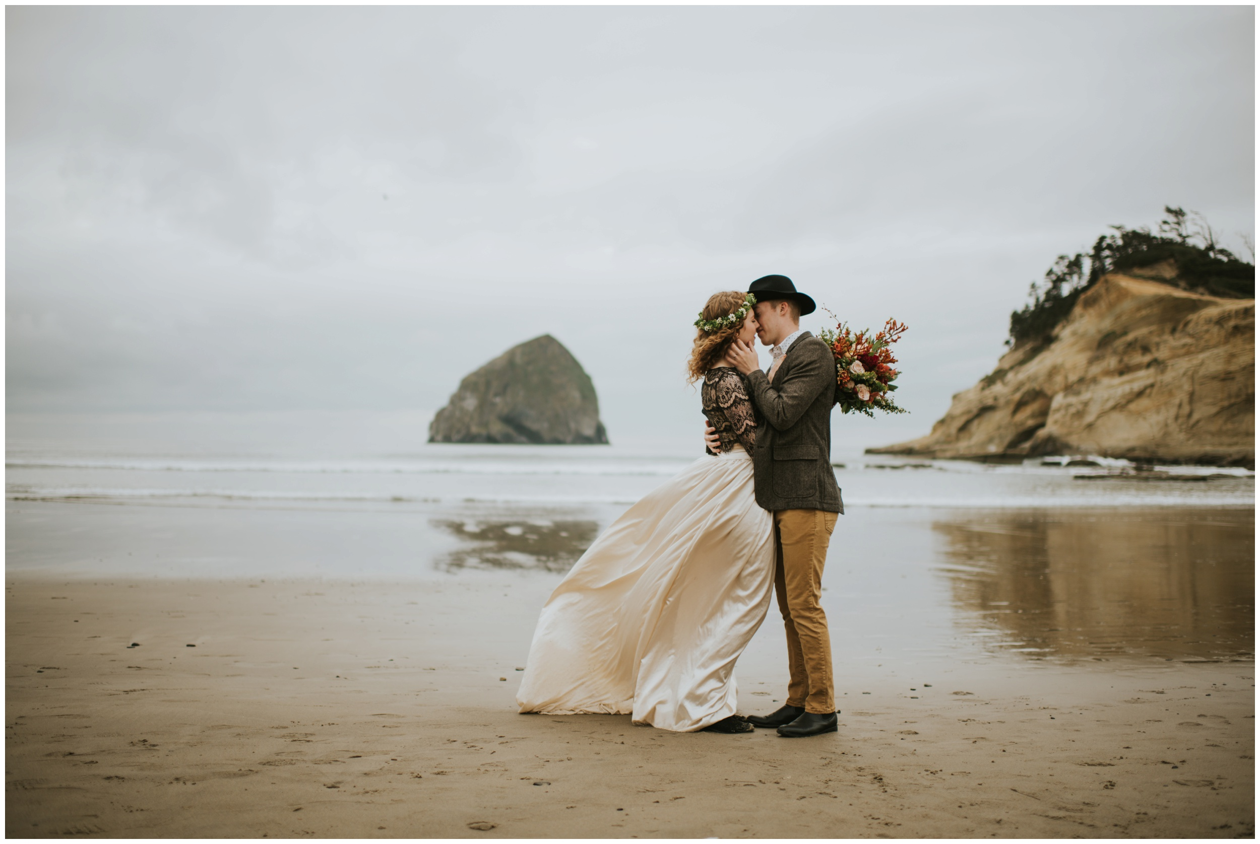 Elopement at Cape Kiwanda  | Pacific City Wedding Photographer www.riversandroadsphotography.com