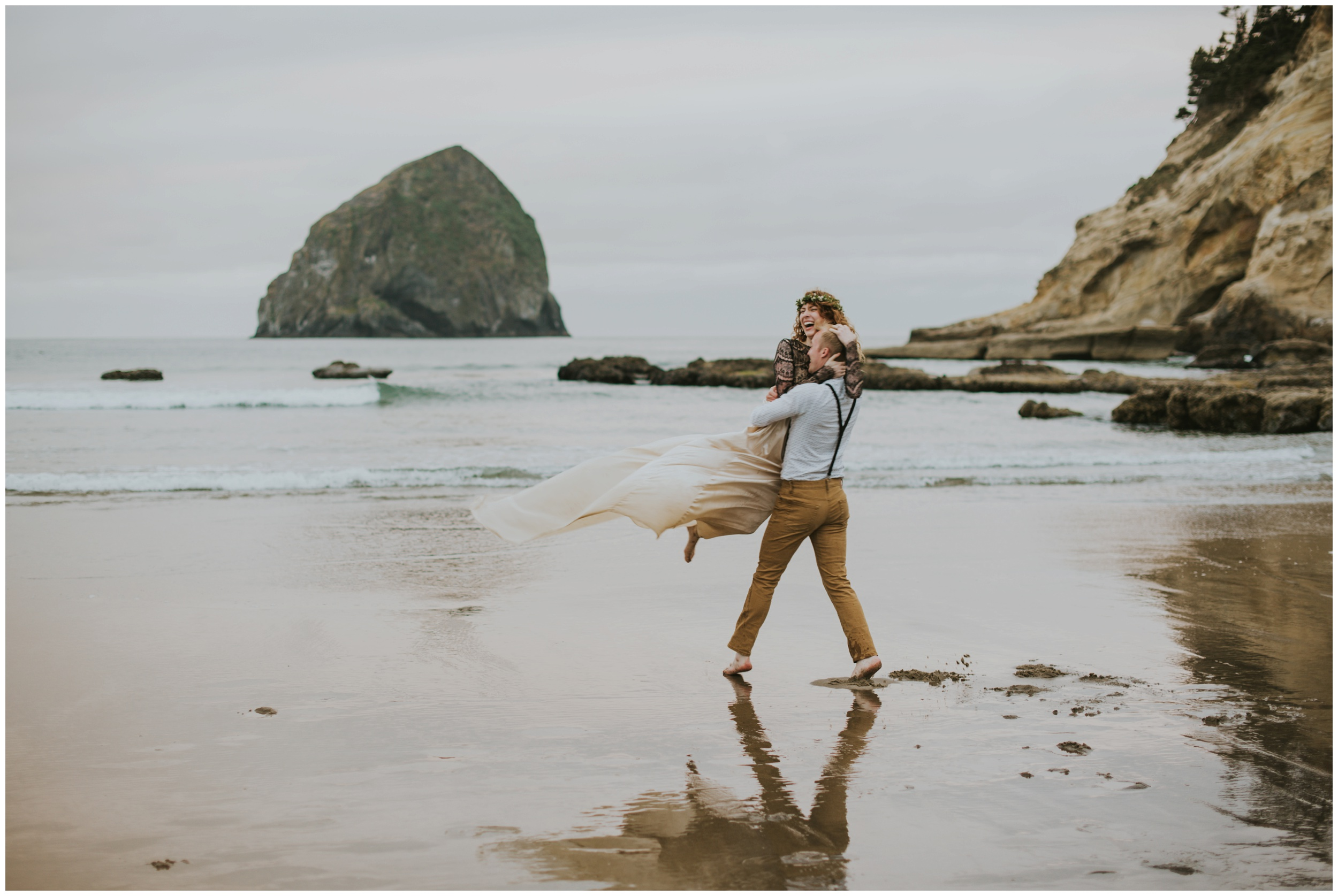 cape kiwanda elopement photographer