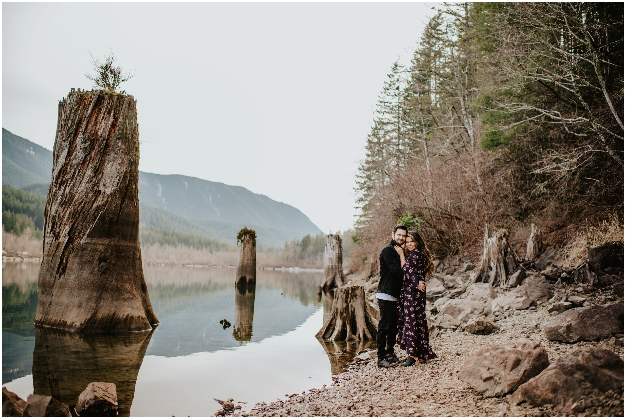 Beautiful couples photography Rattlesnake Lake, WA | Seattle Wedding Photographer www.riversandroadsphotography.com