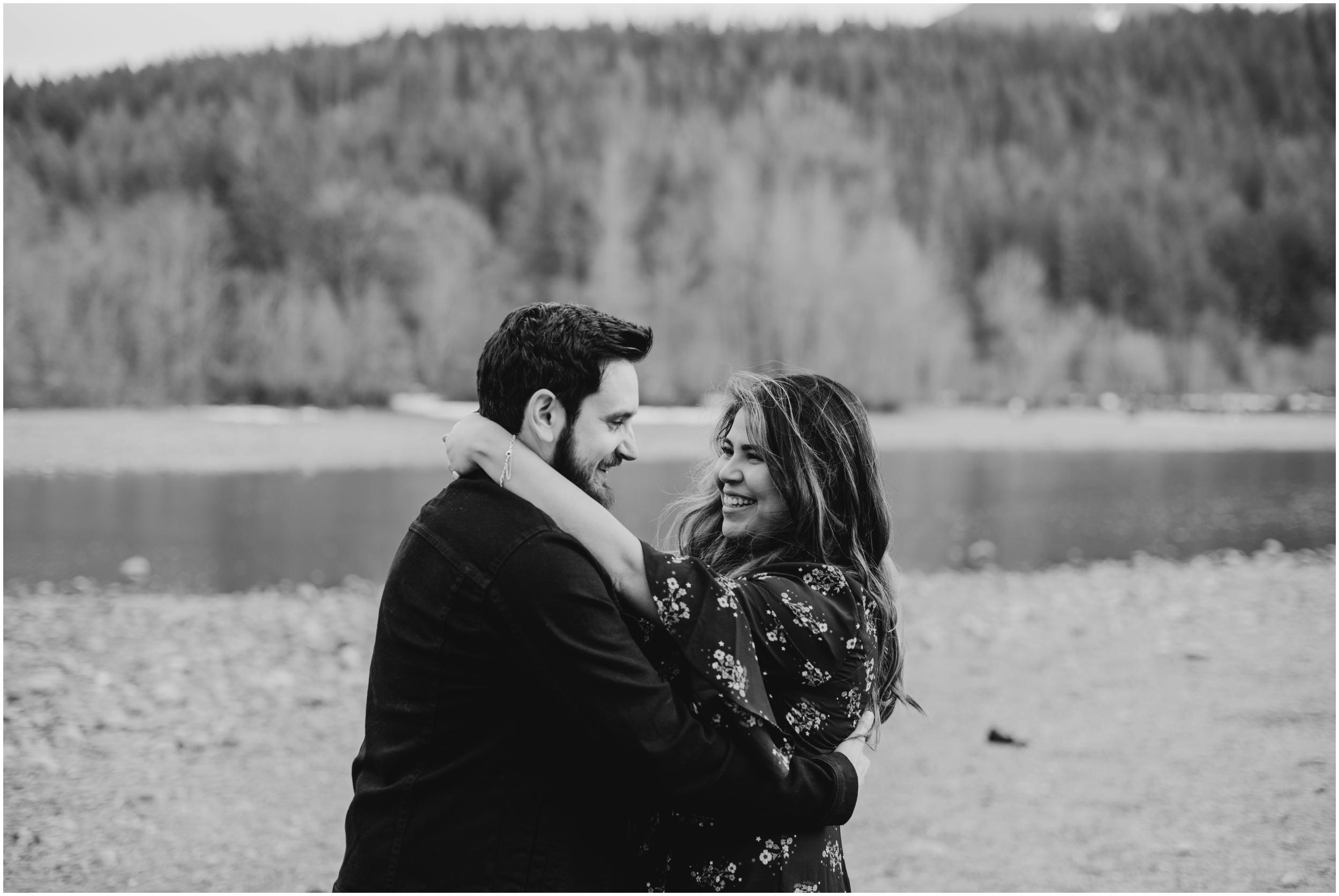 couple portraits Rattlesnake Lake, WA   Seattle Wedding Photographer www.riversandroadsphotography.com