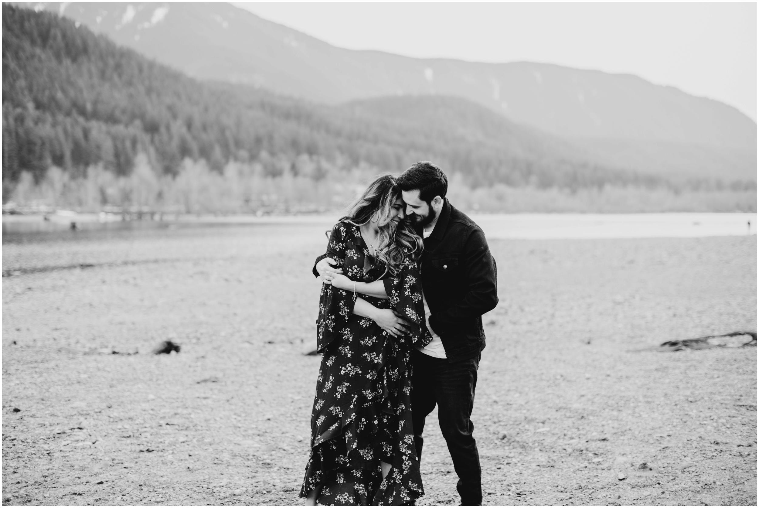 Engagement photography Rattlesnake Lake, WA   Seattle Wedding Photographer www.riversandroadsphotography.com