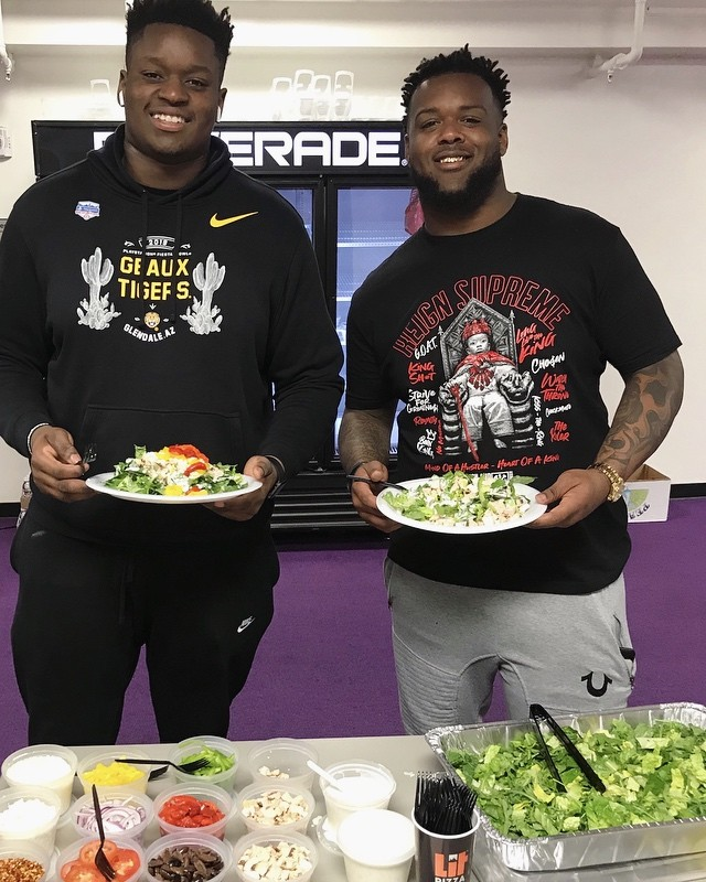 Salad game strong 🥗💪🏾 @lsufootball