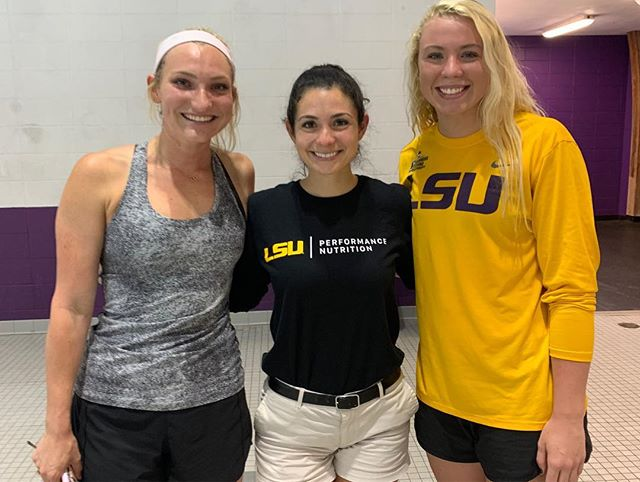 We loved being a part of @sumsprad & @hknightt's chat with the @lsuswimdive women's team today about nutrition & lifestyle changes they made last year, & how those changes improved their performance this season! #geauxtigers #lsunutrition