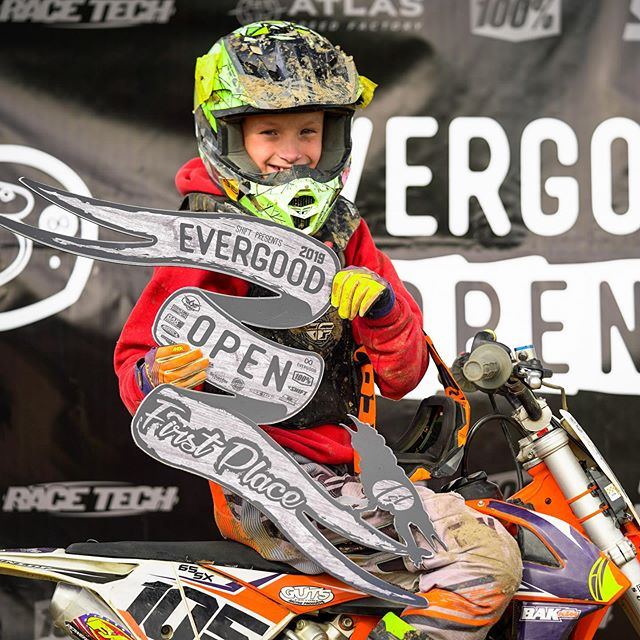 Day one is in the books here at the Evergood Open at Oak Ridge MX and @kylerhagedorn is well on his way to winning a brand new guitar for the best overall moto average! Lots of good racing and smiles today, we couldn't ask for much more! @oakridgemx  Presented by: @shiftmx  @racetechinc  @ride100percent  @mgxunlimited  @rockstarenergy