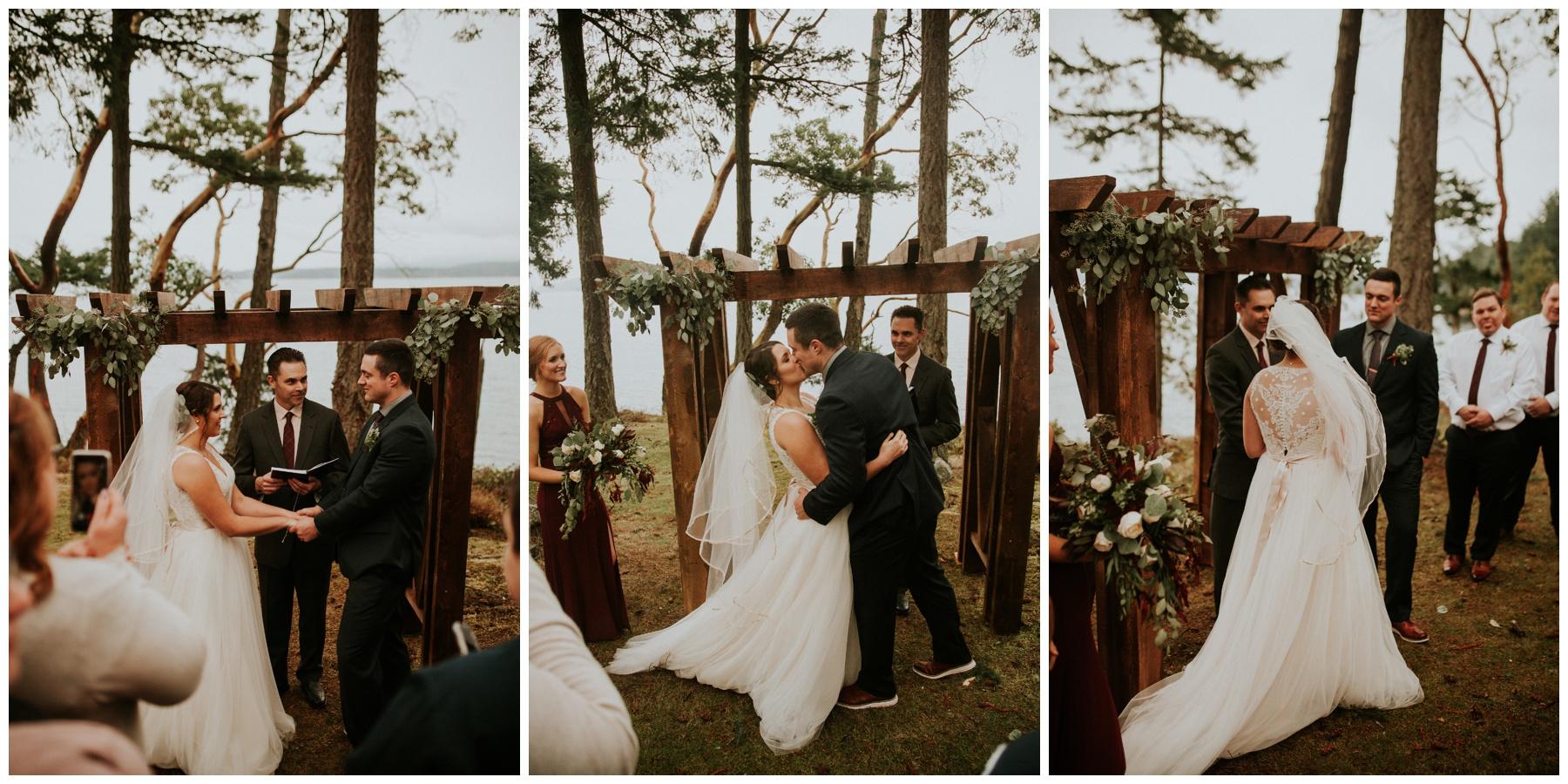 Friday Harbor waterfront wedding_0010.jpg