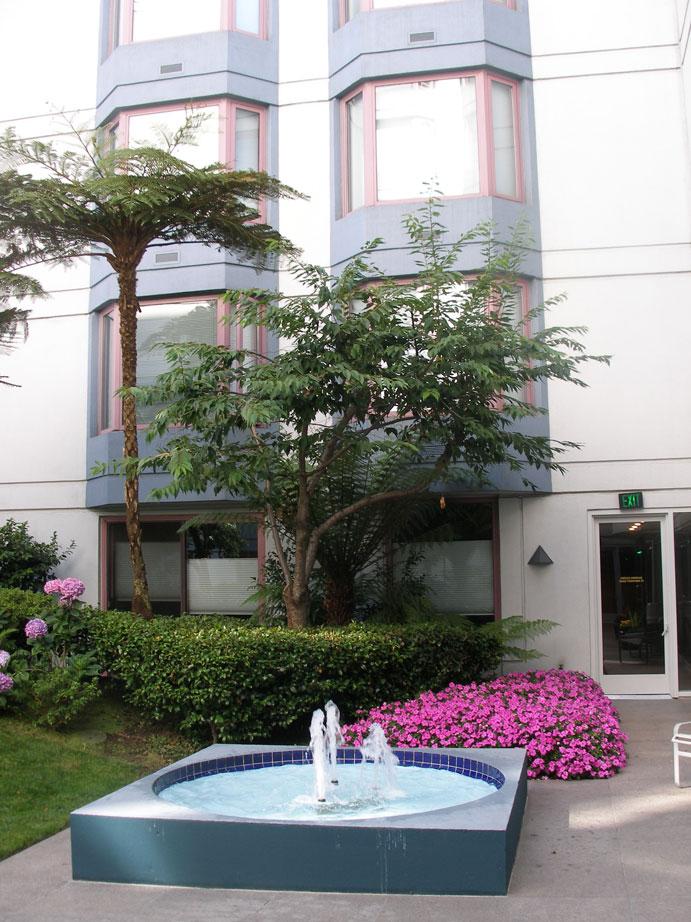 113-02-courtyard-fountain.jpg