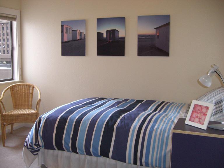 113-06-3rdbedroom.jpg