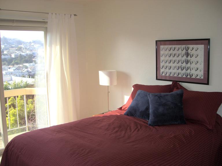 114-04-1stbedroom.jpg