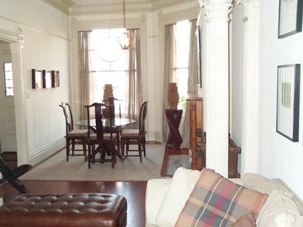 153-04-living-room.jpg