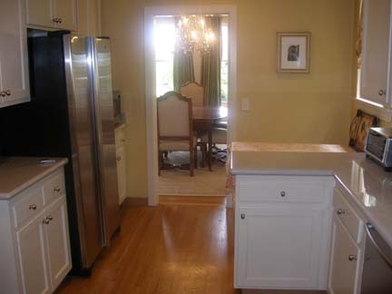 164-08-kitchen.jpg
