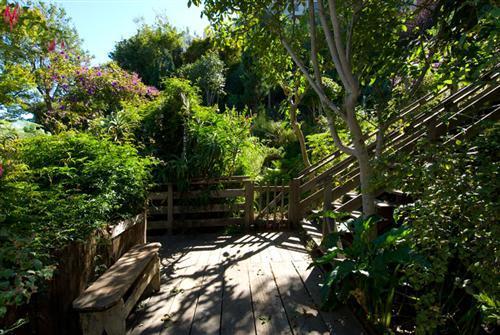 501-19-stairs.jpg