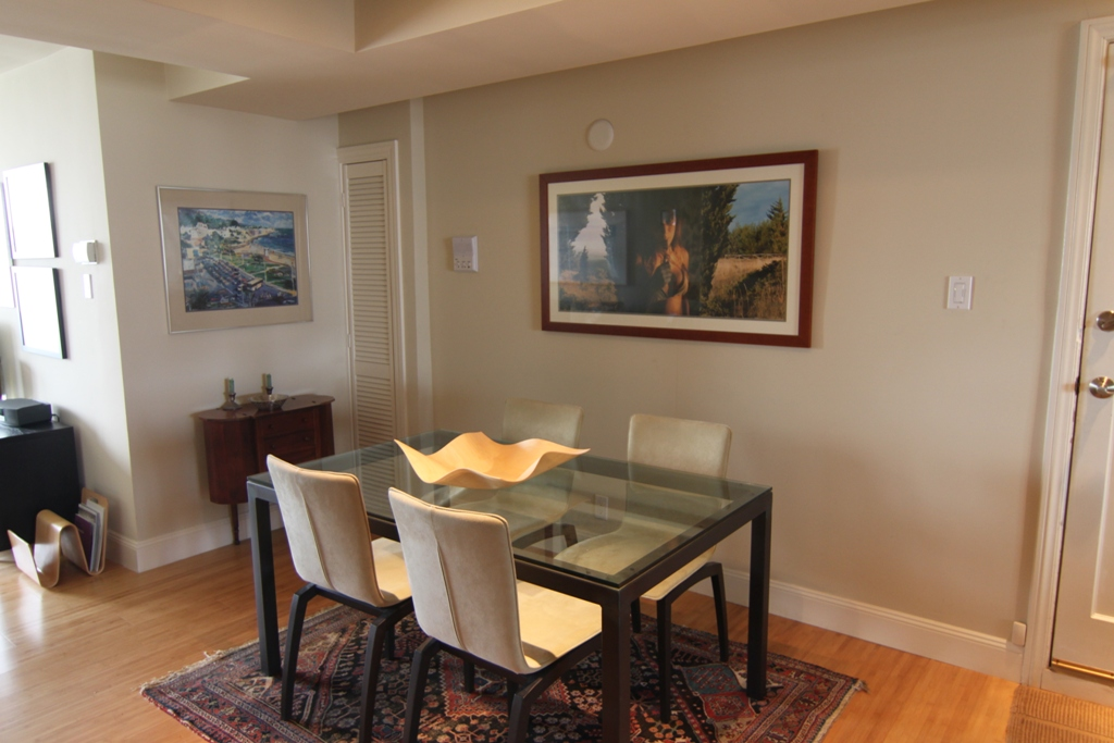 PROPERTY 185   Spacious one bedroom in the best location
