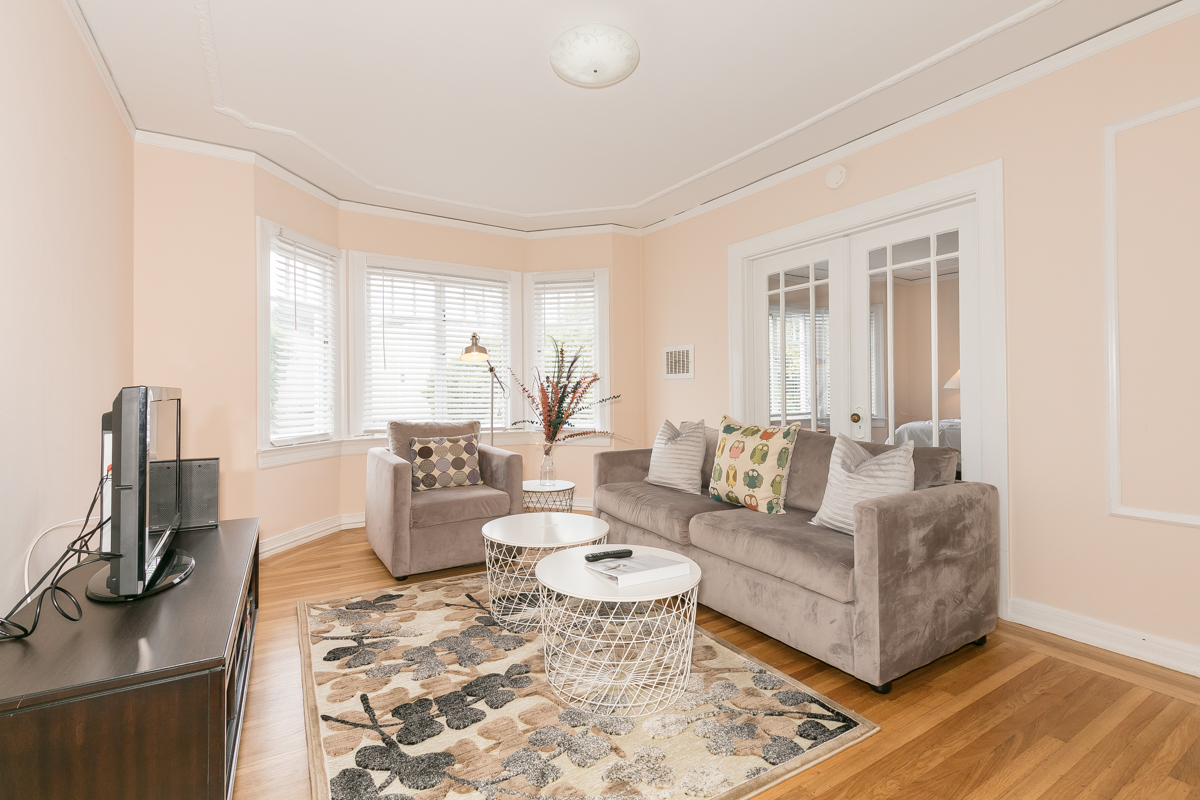 PROPERTY 213   Warm and bright one bedroom in Presidio Heights