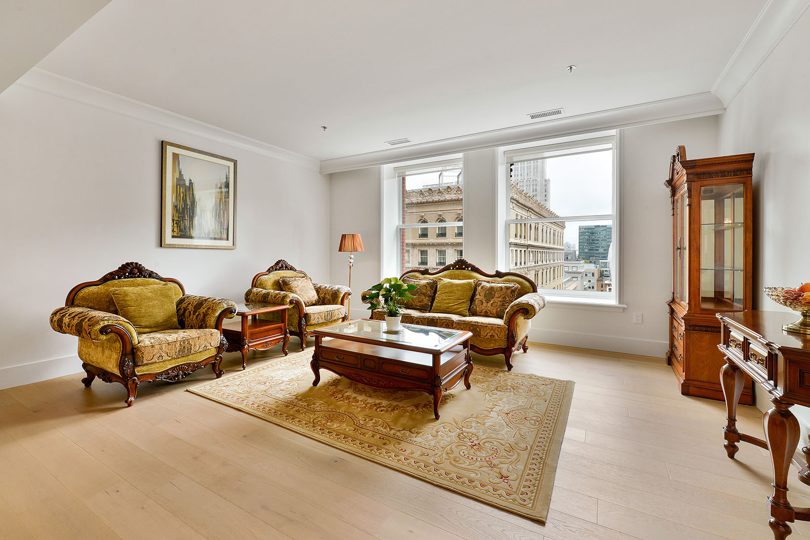 PROPERTY 223   Luxury 2 bedroom 2.5 bath in the heart of Downtown San Francisco