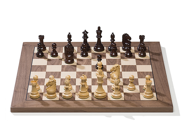 Serial Board with Royal Pieces