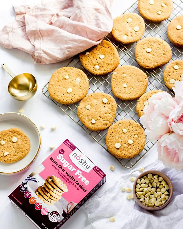 Sundays are always my favourite day to spend a little time in the kitchen baking up some delicious treats for the week ahead and today I am baking with @noshufoods! . The White Choc Vanilla Cookies are 98% sugar free and contain no wheat and eggs. If you love super soft and chewy cookies like I do - you will definitely love these. You can also put a little twist on the recipe and add in your favourite dried fruit like cranberries.  Make sure you head to the baking aisle/section in your local Woolies to check out the delicious range of @noshufoods!  #noshu #noshubakelovers⠀ .⠀ .⠀ .⠀ .⠀ .⠀ #pinkinmyfeed #huffpostaste #imsomartha #thebakefeed #feedfeed #cookiesofinstagram #myseasonalstory #momentsofmine #theprettycities #eatpretty #sweettoothforever #flatlaytoday #ihavethisthingwithhearts #flatlaystyle #flatlays #flatlayforever #theeverygirl #buzzfeedtasty #nutella #marthafood #foodstyling #eatingforinsta #buzzfeast #forkyeah #foodieforlife #foodiesofinstagram #bakeandshare #wsbakeclub