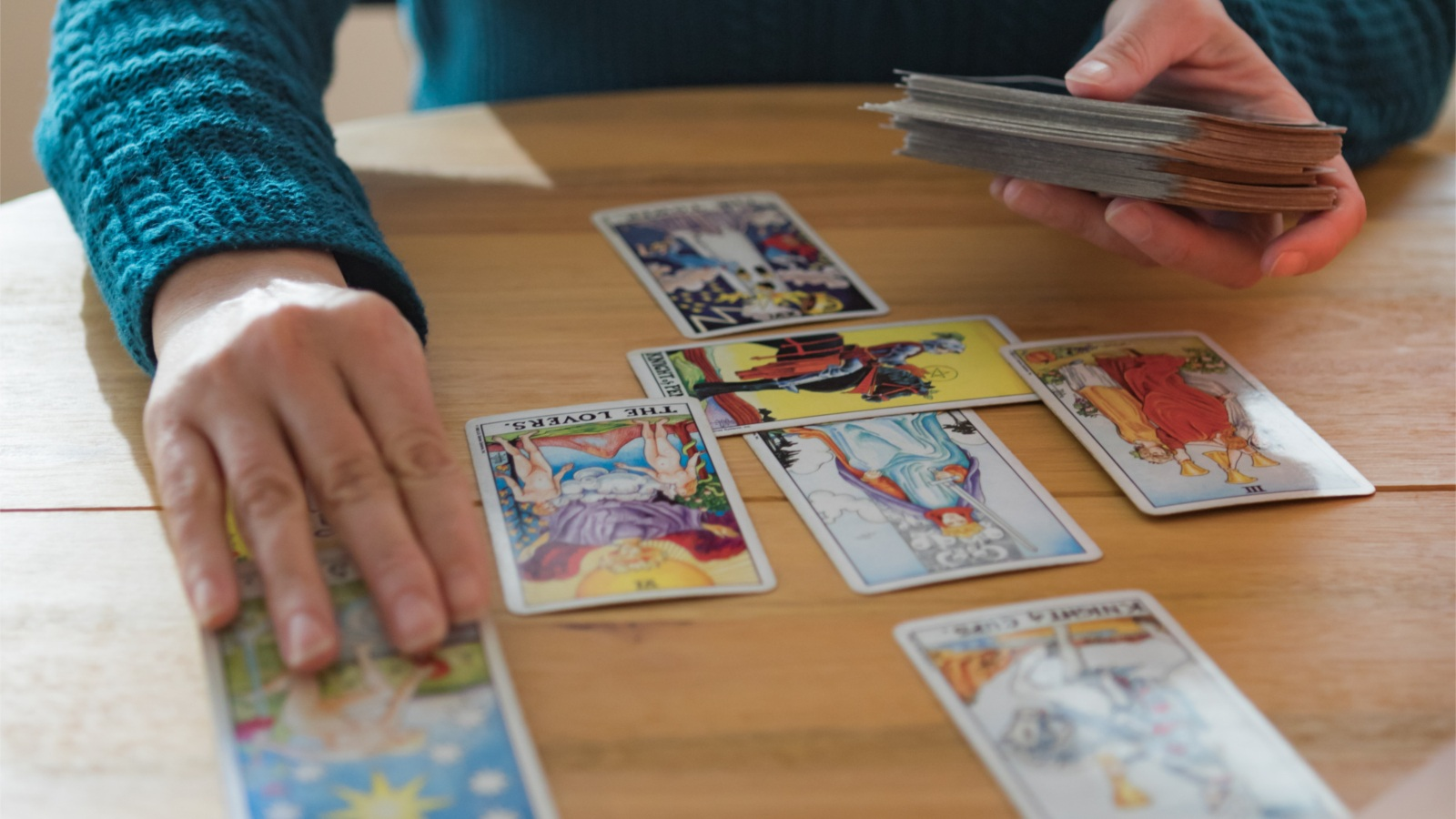 Group-Tarot-Reading-Asheville