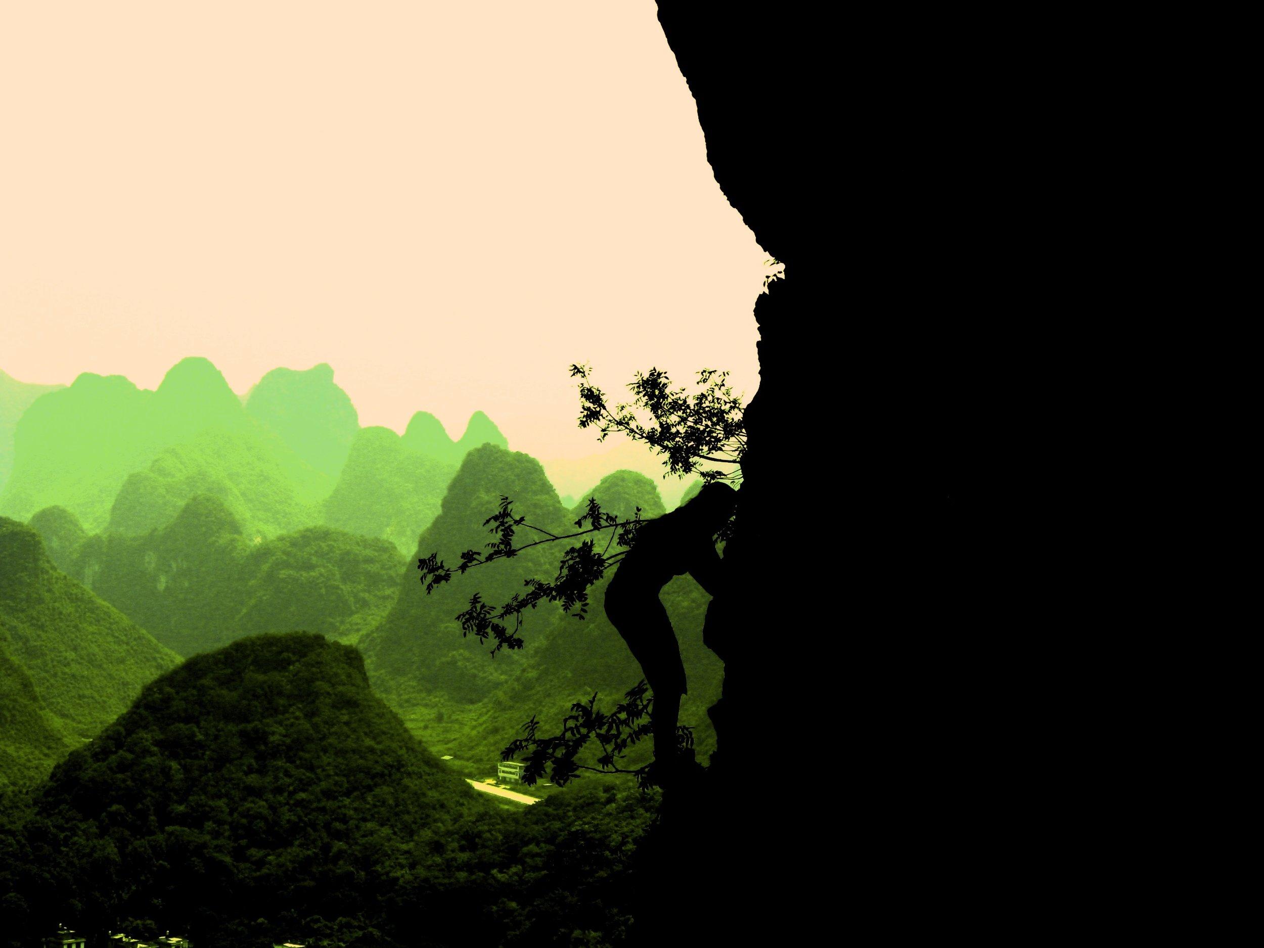 yangshuo moonhill.jpg