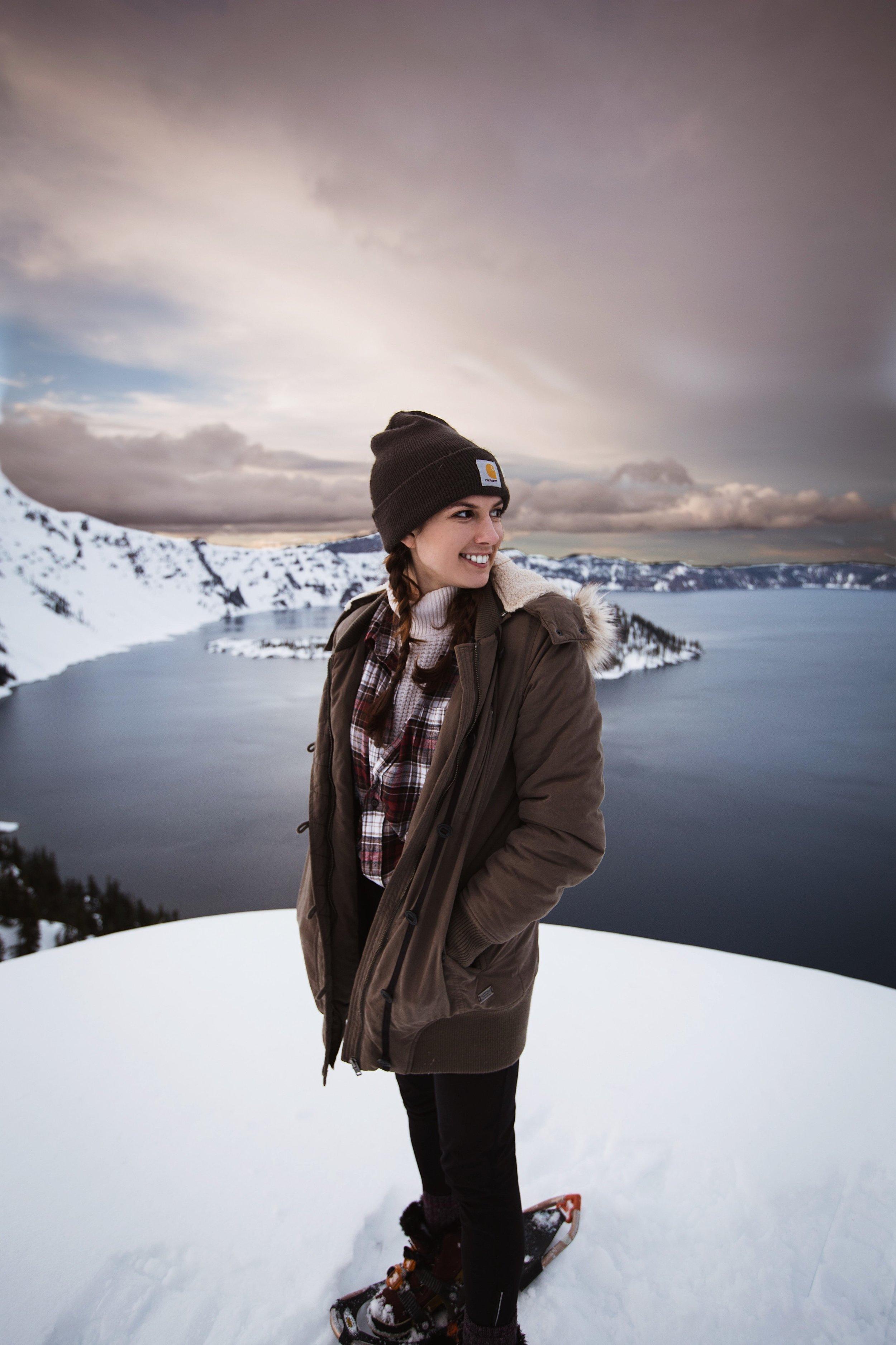 Crater Lake - Oregon // PC: @hannah.neill