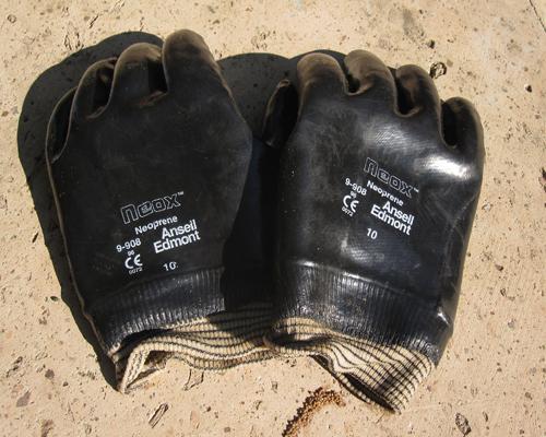 Killer gloves