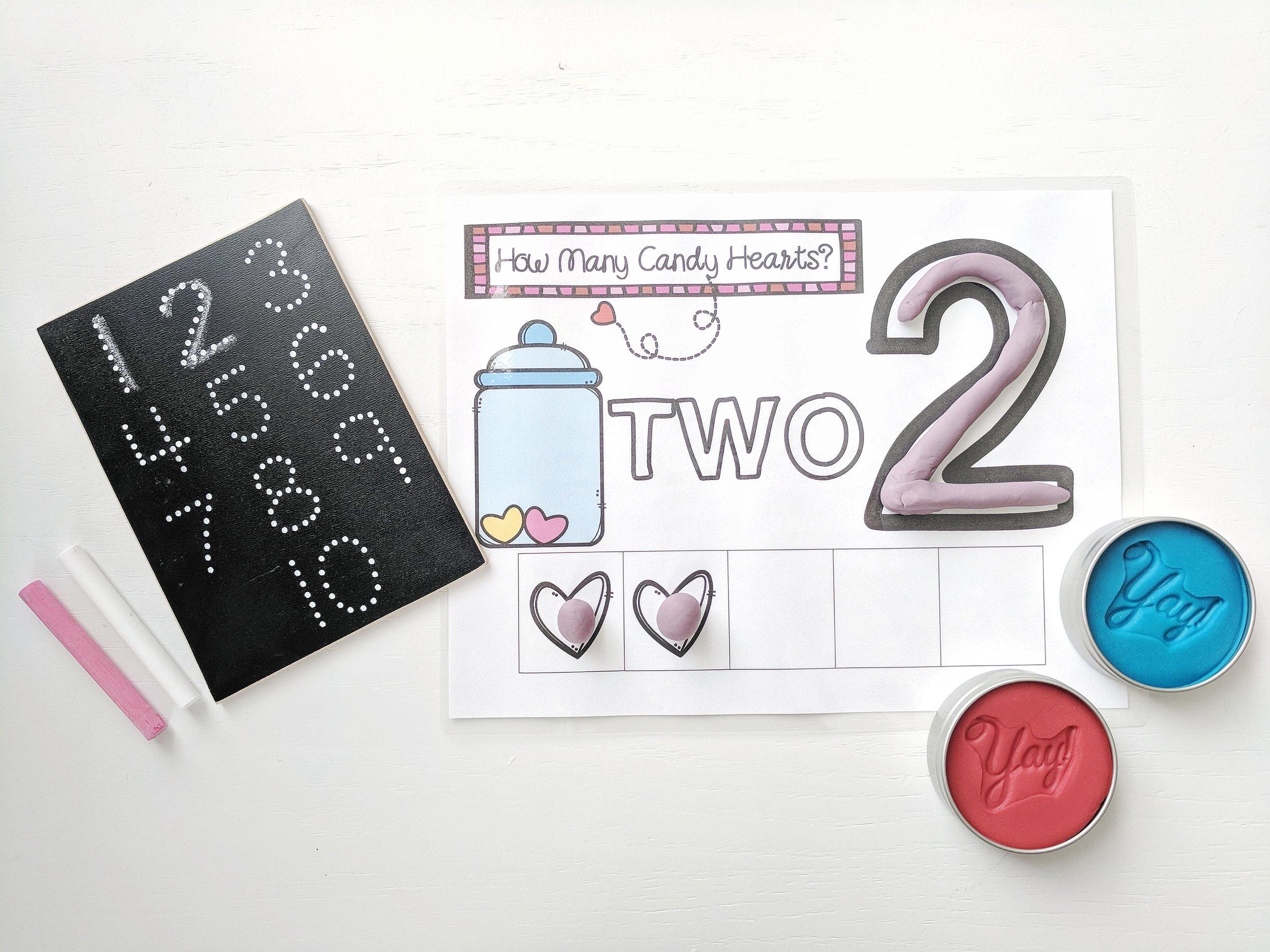 mini chalkboard tracer  /  mini playdough tins