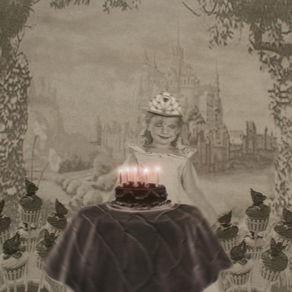 Linda Erceg,  Princess  , digital print, 29 x 29 cm, 2007