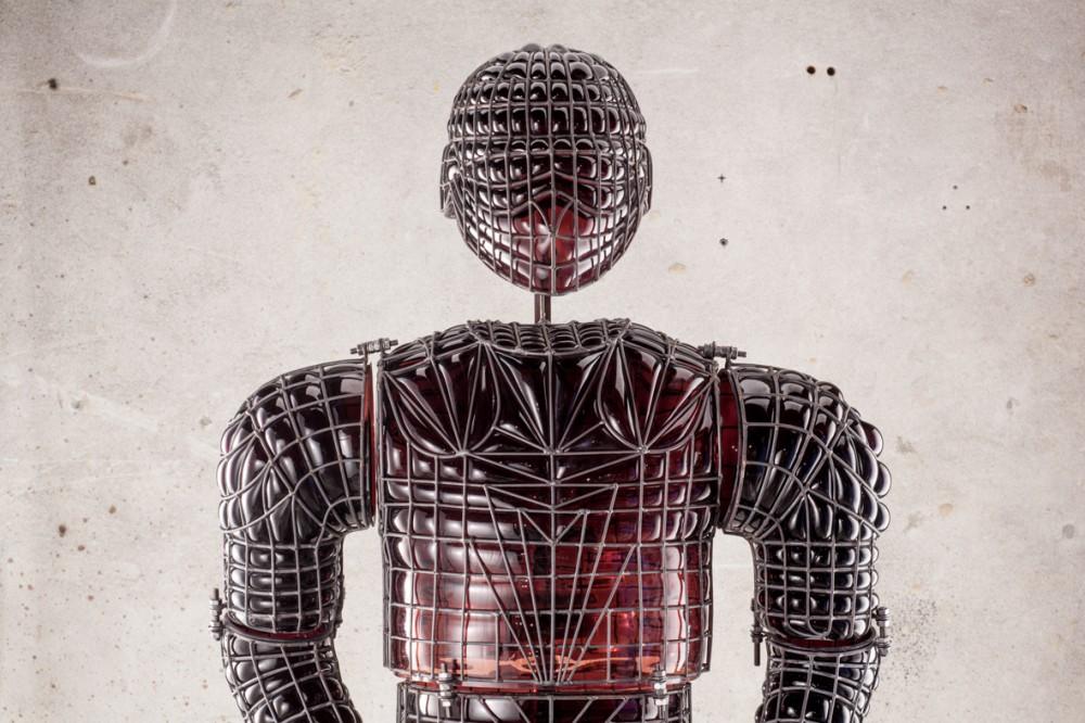 Penny Byrne,  Hurt Locker , 2015, Murano glass, mild steel, 2000 x 800 x 500 mm