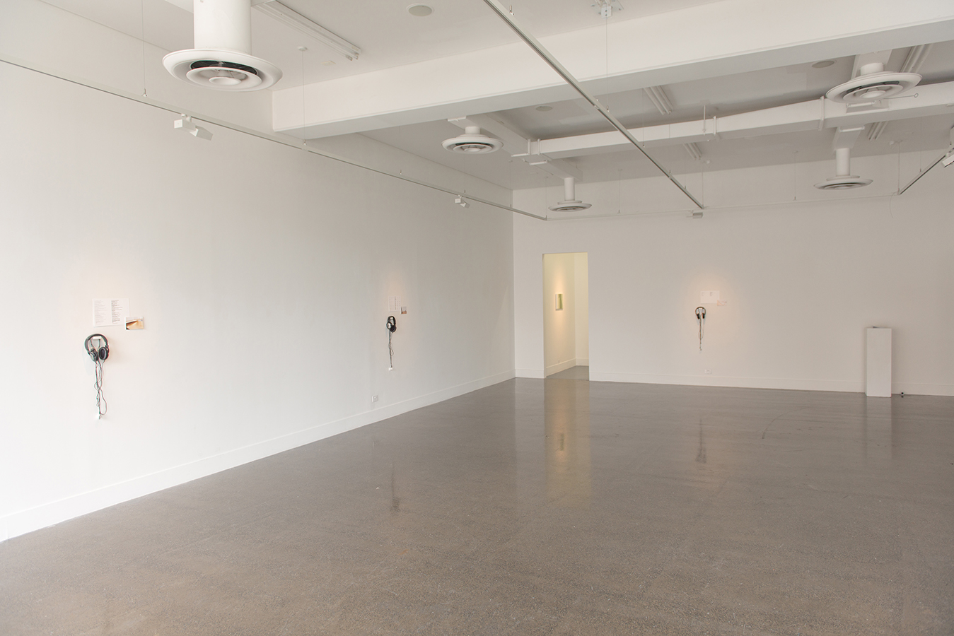 Lilo Nein,  Writing Performance,  2017, Installation View