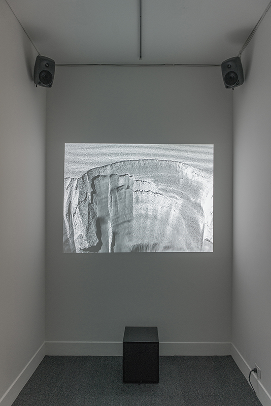 "Jacob Kirkegaard,  Sabulation , 2010, Sound and video work from fi eld recordings of Singing Sands, 30'00"". Recorded in Oman 2009. Courtesy of the artist, Galleri Tom Christoffersen, Denmark, and Fridman Gallery, USA. Photography by Jacob Kirkegaard."