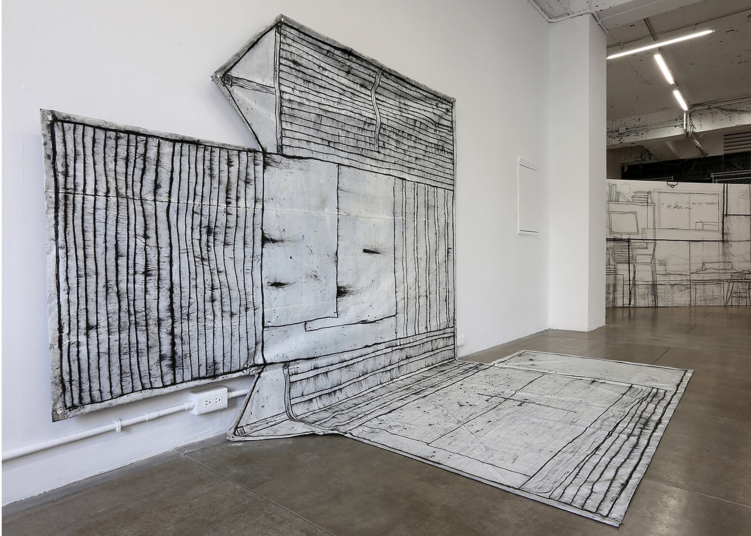 Chiao-Yen Hsu,  Tomography, The Space of Plus # 2,  2012, charcoal, acrylic, plastic, 280 x 300 cm