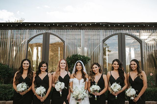 when your girls are on 🔥🔥 shot by my associate @elisendafarison 🖤 #squadgoals #mygirls #bridesmaidsdresses #sandiegoweddingphotographer #gulfcoastweddings #mobileweddingphotographer #biloxiweddingphotographer
