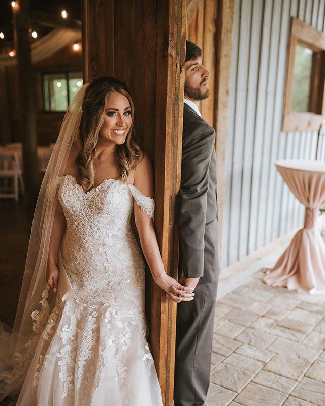 sometimes just holding hands before the ceremony willl ease all the nerves 🥰 . . . . . #weddingphotography #couplegoals #weddingideas #prewedding #weddinginspiration #mississippiphotographer #madeinmississippi #mississippiweddingphotographer #gulfcoastbride #firstlook #gulfcoastwedding #thevenueatsouthernoaks #thevenueatsouthernoaksfarm #southernoaks
